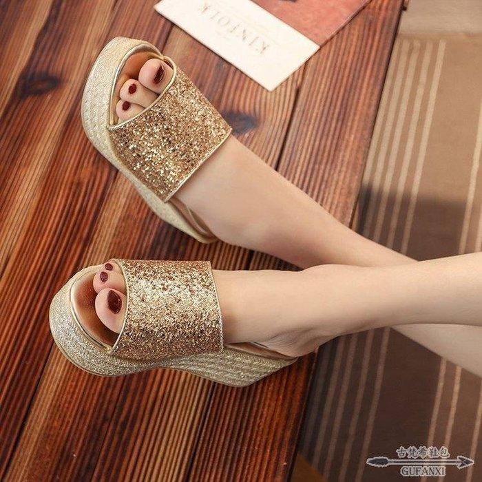 坡跟涼鞋 涼拖鞋女夏時尚沙灘厚底一字拖外穿女士坡跟鬆糕涼鞋