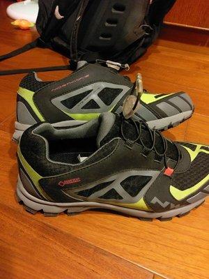 Northwave(NW) GORE-TEX 自行車硬底鞋/飛輪車鞋/休閒鞋 27CM GIANT HASUS 不上卡