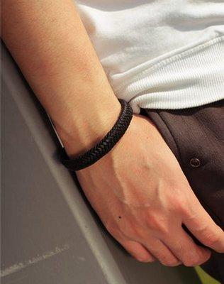 潮男必備寛版多層次編織皮手環 街頭流行皮繩 皮手鍊 鈦鋼磁扣防過敏不褪色 男士配件首飾