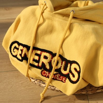 21間公社-GENEROUS 奶油黃460g重磅純棉設計感印花連帽衛衣毛巾繡純色外套