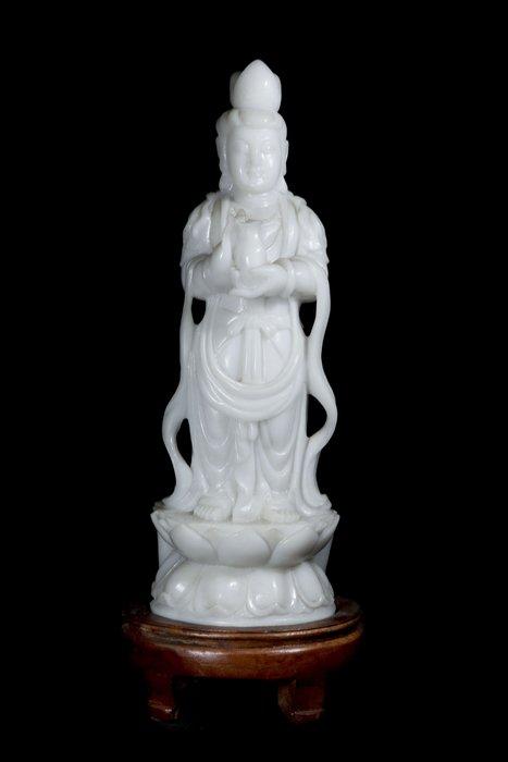 《博古珍藏》早期收藏.天然白玉觀音菩薩古佛立像.7公斤.附送原木底座、錦盒.可刷卡分期.底價回饋
