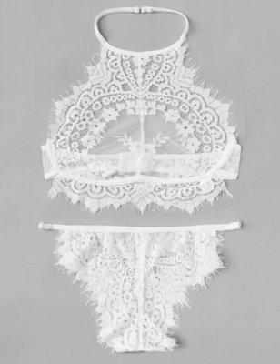 歐美貨品 全新 白色花紋lace雷絲 掛頸吊帶 性感小內衣套裝 加大碼女裝 大減價(媽媽 孕婦 送禮首選)