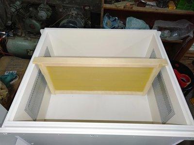 養蜂工具/ 組好標準 (巢礎) ( 巢框) 優質  (野蜂)  (中蜂) 深房巢礎