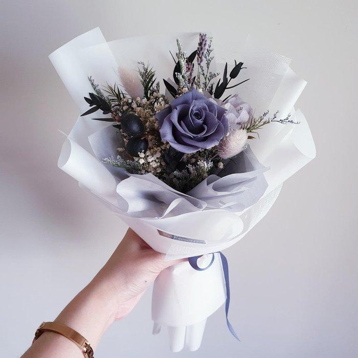 《新品上市》【預購】灰色韓式永生玫瑰花束/灰色花束/情人節禮物/情人節花束