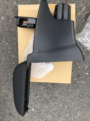 TOYOTA 豐田 2014-2016 YARIS 大鴨 專用 中央扶手 扶手盒 置物盒 中央盒 扶手