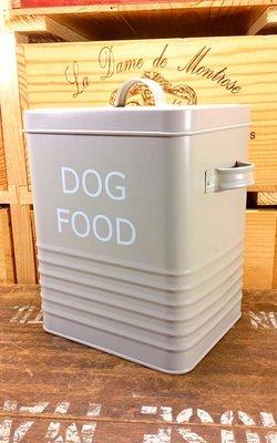 DOG FOOD狗狗飼料筒:狗狗 飼料 筒子 鐵筒 設計 復古 收藏 鐵灌 收納