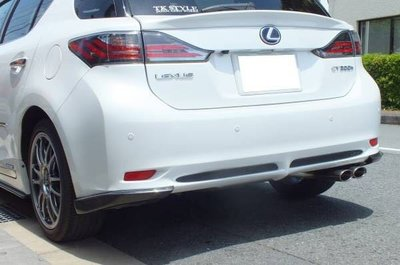 Lexus 2011-2013 ct200h f sport後保桿 下巴 碳纖維