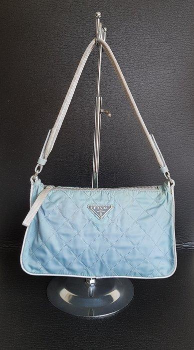 PRADA  菱格紋  三角鐵牌  包包 , 正品保證