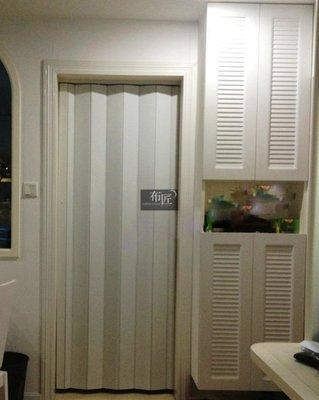 布匠--高雄 窗簾 拉門  pvc 折疊門  100MM 塑膠拉門 更耐用更好看  隔間   大特價  比特力屋便宜