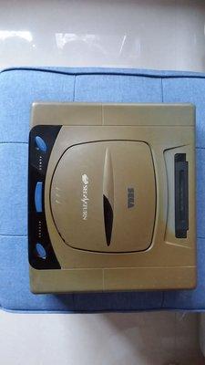 絕版 SEGA Saturn 初代日本製220v罕見灰啡漸變剩機已試可開機但不知能否讀碟或需自行修理被譽為當時最佳2D格鬥王者街機遊戲移植的 saturn最好玩