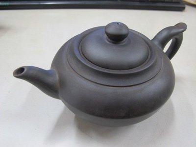 二手舖 NO.3899 紫砂壺 名家工藝美術師 周桂珍 茶壺 土胎好 手工細膩 值得收藏