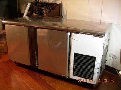 #誠可議# 5尺 雙門 (右機) 工作台冰箱 【庫存出清】【二手品】#買家自行搬運取貨#