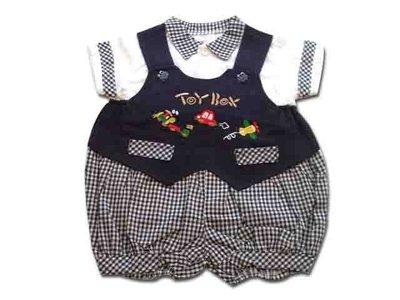 可愛寶貝---◎◎全新格子領排扣上衣 +格子吊帶褲◎◎☆☆人氣商品☆☆