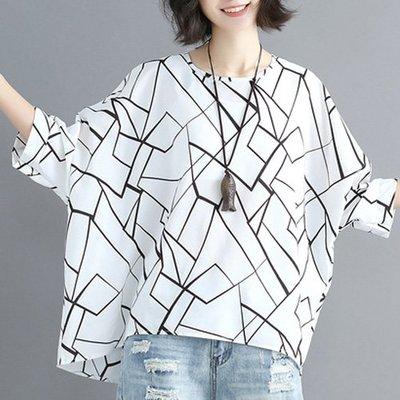 短袖雪紡上衣 幾何線條感寬鬆雪紡上衣 艾爾莎【TGW6677】