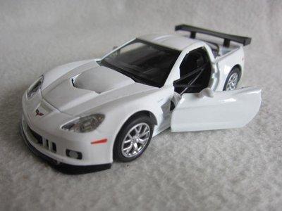 【KENTIM 玩具城】CCHEVROLET CORVETTE C6-R白色1:32合金迴力車(UF RMZ CITY)