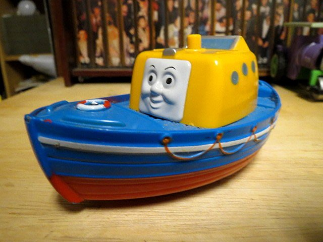 【 金王記拍寶網 】早期湯瑪士小火車 系列角色 玩具車 純懷舊素材擺件 一面 罕見稀少 一件