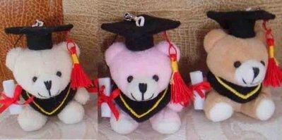 免運費~100隻特惠~Q版微笑畢業熊~學士熊手機吊飾.紅穗學士帽+畢業證書典禮送客禮物贈品.新品出清價.歡迎批發