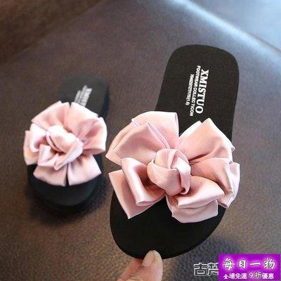 兒童拖鞋 公主兒童拖鞋女夏季外穿一字拖防滑女童親子鞋可愛花朵沙灘鞋涼拖【每日一物】
