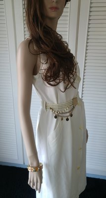【CORDIER】大翻領清純白雙排開扣無袖洋裝風衣(原價$28280)不包括香奈兒珍珠腰帶
