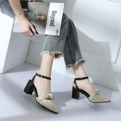 包頭涼鞋女韓版中跟粗跟時尚百搭一字扣蝴蝶結羅馬鞋  米菲良品 全館免運 夢娜麗莎