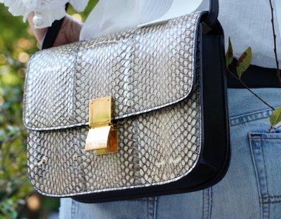 Celine Acorss Body Classic BOX Bag 中型水蛇皮肩背包 黑白
