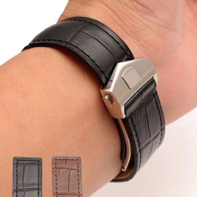 錶帶屋 適配泰格豪雅TAG Heuer 22mm 24mm鱷魚紋頭層牛皮咖啡 黑色按壓式摺疊扣錶帶