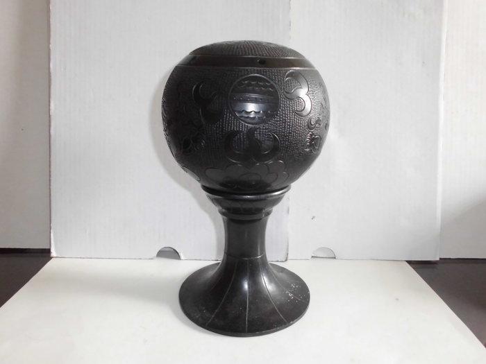 黑陶[球瓶]