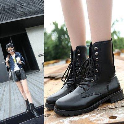 Ovan 女款 韓國街頭雅痞皮革拼接 馬丁靴