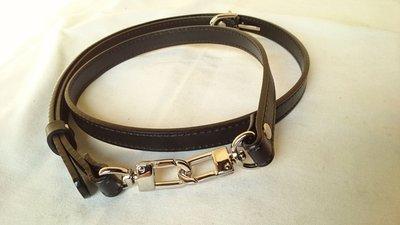 牛皮真皮斜背帶肩背黑色帶寬1.5*100-120cm可調整,銀色高級五金D 型鉤【皮革美包】