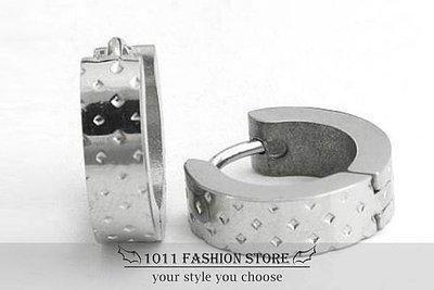 【 1011 精品小舖 】韓國 男性 女性 西德鋼 / 鈦鋼 素面 洞洞 不鏽鋼 耳環 / 耳扣 ED20