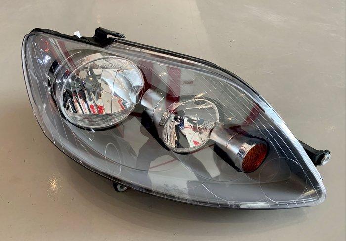 VW Golf plus、Golf+、Golf5 plus大燈、頭燈,另有後碟盤、A4大燈、後燈、腳踏墊、急救包