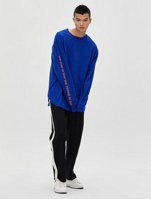 韓國代購 八秒 8 SECONDS X GD 袖部字母T-Shirt  藍色