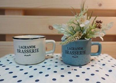 《散步生活雜貨-花園散步》日本進口 HABITER - Brasserie 歐式 陶製 馬克杯造型 花器-兩色選擇