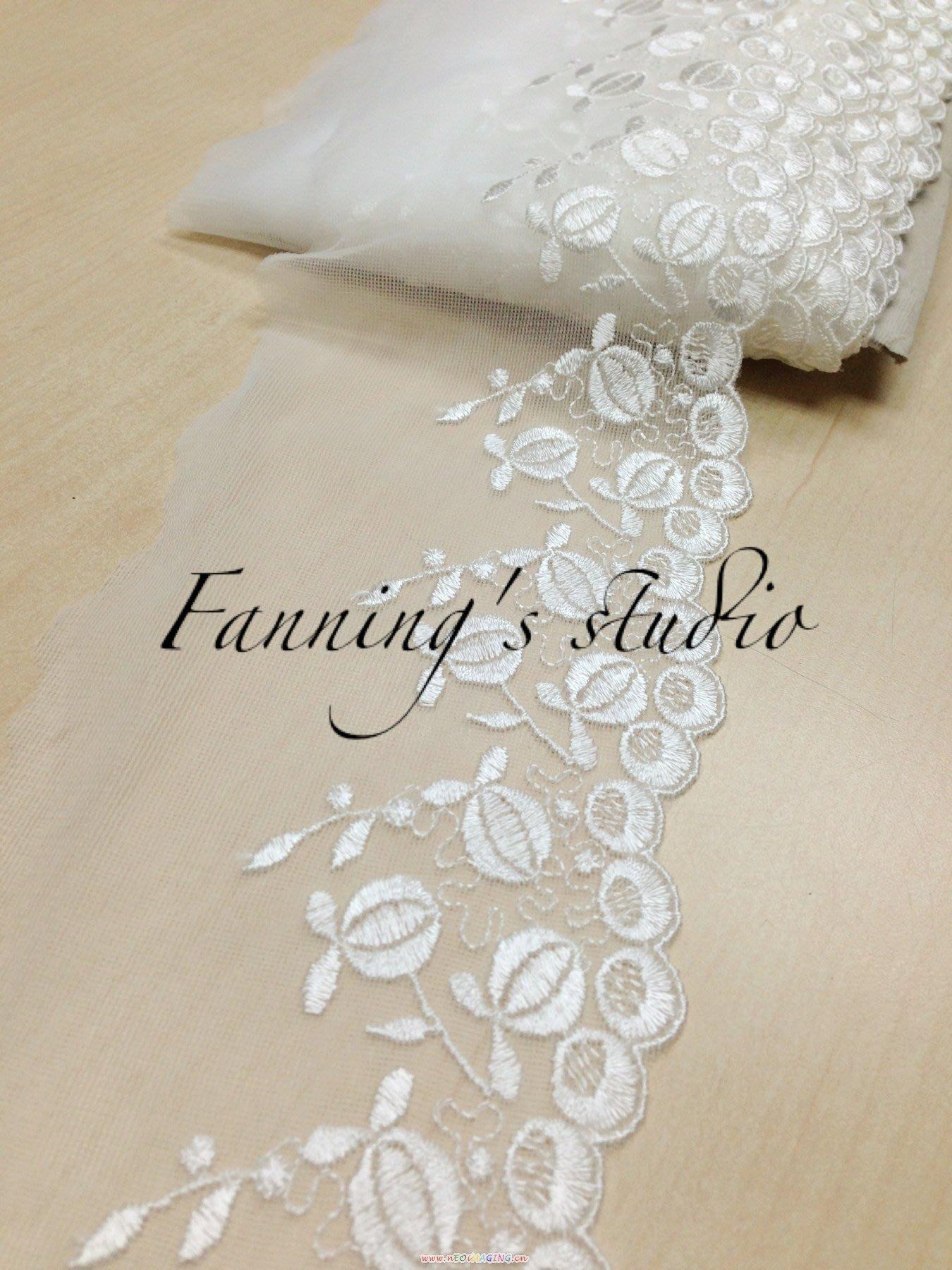 【芬妮卡Fanning服飾材料工坊】回饋款 花苞待放刺繡網布蕾絲 高11cm 1碼入