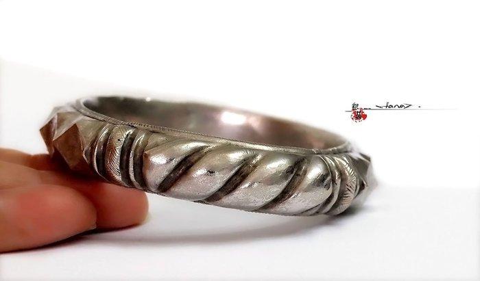 銀囍古董銀飾-老銀手鐲 純銀手鍊 開四窗麻花紋菱形紋空心手鐲 福建傳世 藏品釋出典藏