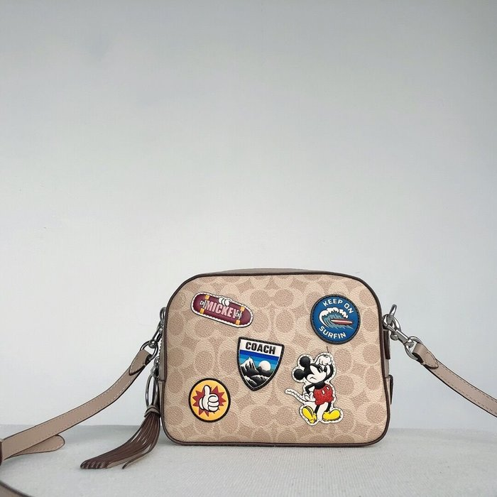 小皮美國代購 COACH 3894 新款女士迪士尼聯名系列相機包 米奇徽章圖案單肩斜挎包 附購證