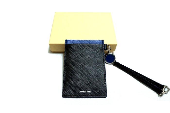 全新日本專櫃正品COMME CA MEN 黑x藍雙色拼接防刮全牛皮可伸縮式 悠遊卡/證件/卡片通行吊牌