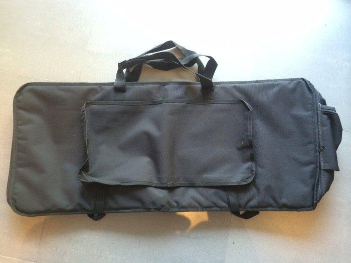 【六絃樂器】全新 61鍵 防水厚鋪棉 標準型高級電子琴袋 / 現貨特價