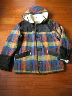 THE WEITE BEAR 保暖連帽外套 【 size:48 】.... made in Italy