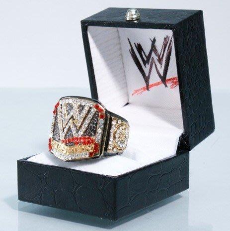 ☆阿Su倉庫☆WWE摔角 WWE Championship Finger Ring 新版WWE冠軍限量戒指 熱賣特價中
