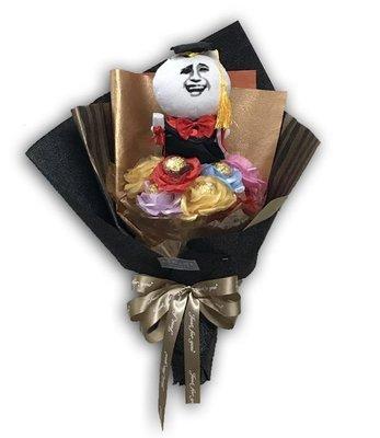 娃娃屋樂園~👨🎓👩🎓俺畢業了!畢業金莎花束 每束850元/畢業熊/學士熊/畢業拍照花束
