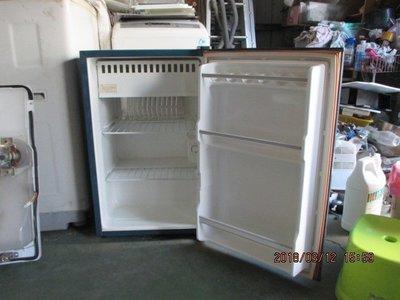東元91公升單門小冰箱˙只賣2500˙台南灣裡˙保固半年˙