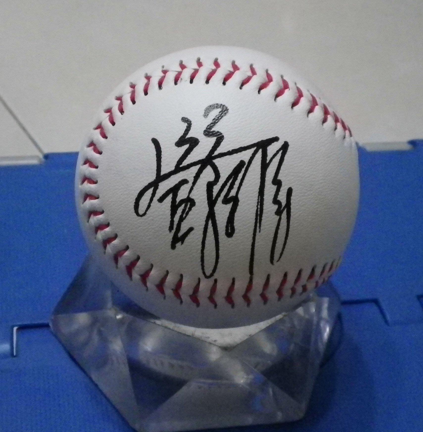 棒球天地----統一獅 鄧志偉 簽名球.字跡漂亮