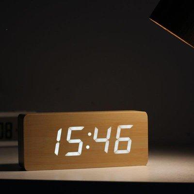 Lucky baby❥ 藝舟鐘表復古經典木質LED電子鬧鐘創意LED客廳時鐘靜音床頭鐘Z8N76