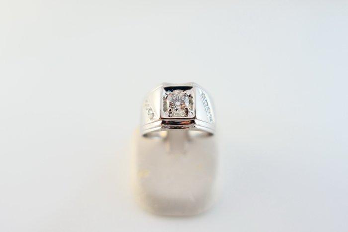 [吉宏精品交流中心]50分 天然鑽石 GIA H/VS1 3EX 八心八箭 白K金 造型 戒指 男戒