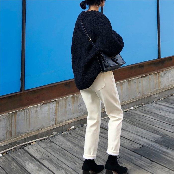 奇奇店-復古加絨牛仔褲加厚百搭休閑長褲寬松顯瘦白色直筒褲女冬 2件包郵#舒適柔軟 #潮流穿搭 #玩趣互動
