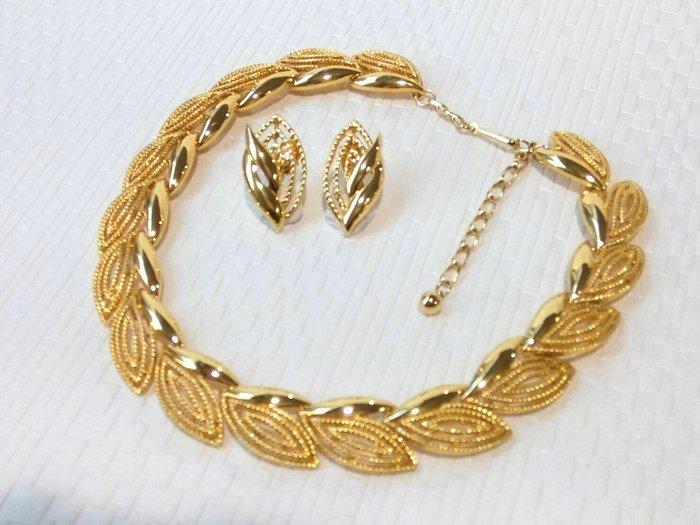 進口復古金屬葉形 頸鍊項鍊+夾式耳環 套組