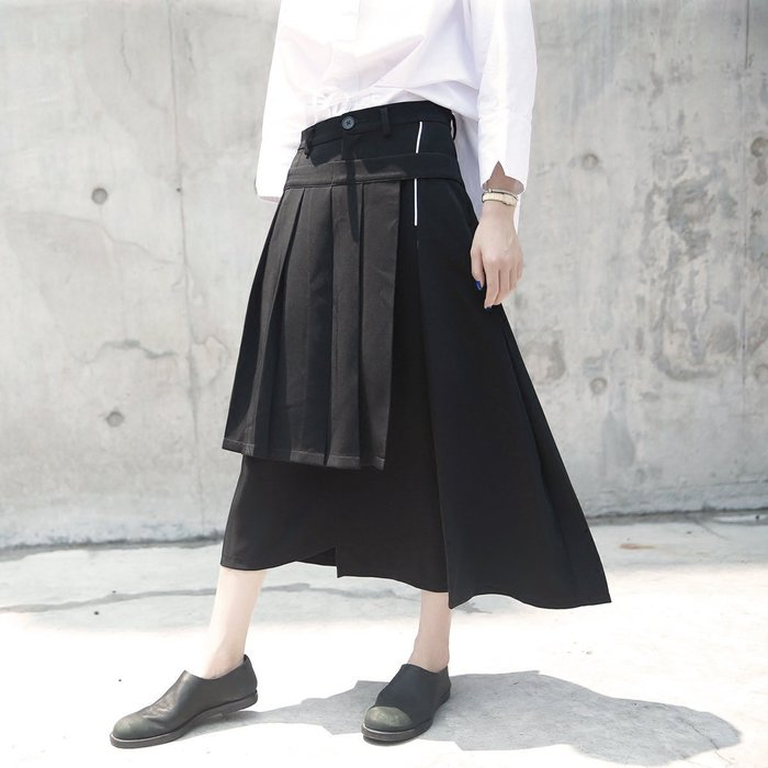 SeyeS  {韓國空運} 個性暗黑時尚不對襯設計感百折裙