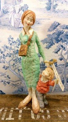 英國C.A母與子黏土雕塑風格擺飾:英國 C.A 設計 塑像 居家 家飾 收藏 禮品
