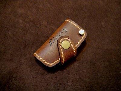 KH手工皮革工作室 MIT台灣製造全手作純牛皮Benz賓士全系列汽車晶片感應鑰匙皮套鑰匙包鎖包皮件皮革縫線配色自選可燙字